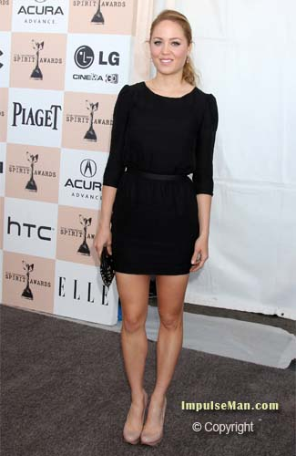 erika christensen showing legs in black dress and heel