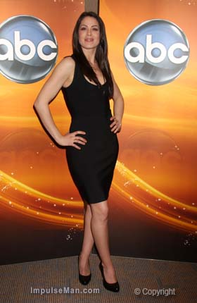 Michelle-Borth-sexy-black-dress-black-heels