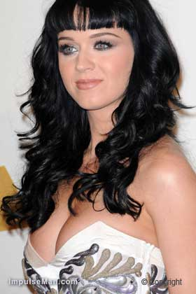 Katy-Perry-big-boobs